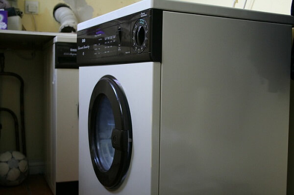 The washing machine is the last step in the sap removal process.